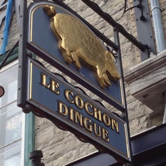 Photo taken at Le Cochon Dingue by Vincent C. on 8/25/2012