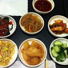 Photo taken at So Gong Dong Tofu House by Nina Y. on 3/22/2012