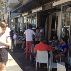 Photo taken at Pizzeria Delfina by Ralph on 7/21/2012