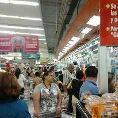 Photo taken at Soriana by PpFlores G. on 4/3/2012