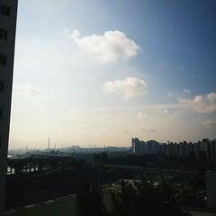 Photo taken at 총회회관,휘문고등학교 입구 버스정류장 23-509 by Charlie brown R. on 7/25/2012