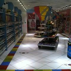 Photo taken at Sugar Heaven by Tulani E. on 4/29/2012