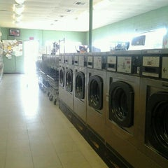 Photo taken at Wash Wizard Laundry by Rebecca F. on 5/27/2012