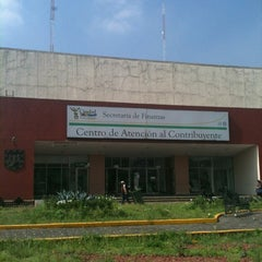 Photo taken at Secretaría de Finanzas del Gobierno del Distrito Federal by Rubén C. on 8/15/2012