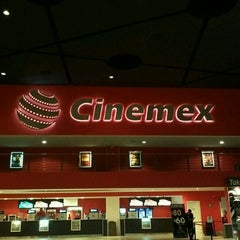 Photo taken at Cinemex by José R. on 2/17/2012