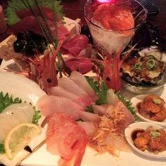 Photo taken at Kanpai Japanese Sushi Bar & Grill by Alan A. on 8/9/2012