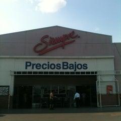 Photo taken at Walmart by Blankis R. on 5/26/2012