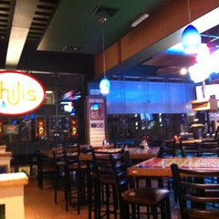 Photo taken at Chili's by Alfredo V. on 4/16/2012