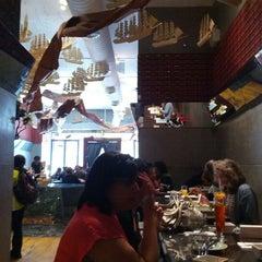 Photo taken at Qi Esarn Thai Kitchen by Federico T. on 4/6/2012