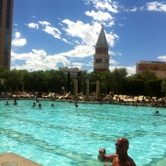 Photo taken at The Venetian Pool by Naomi T. on 9/3/2012