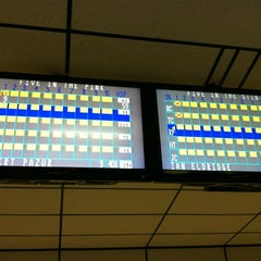Photo taken at AMF Gulf Gate Lanes by Furreal ®. on 3/15/2012