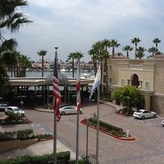 Photo taken at Balboa Bay Resort by Neri E. on 9/5/2012