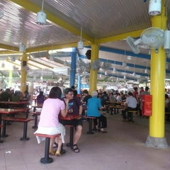 Photo taken at Zion Riverside Food Centre by Steve T. on 7/29/2012