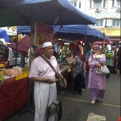 Photo taken at Pasar malam Isnin by Myra S. on 5/14/2012