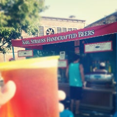Photo taken at Karl Strauss Beer Truck by Cristopher on 7/22/2012
