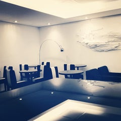 Photo taken at MasterCard Black Lounge by Tina H. on 2/9/2012