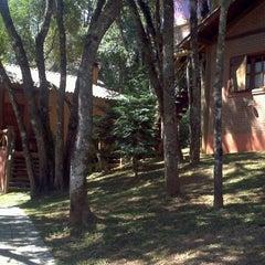 Photo taken at Pousada Alto da Neblina by Cláudio P. on 8/18/2012