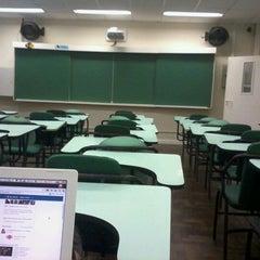 Photo taken at FAE Centro Universitário - Prédio I by Jean S. on 3/12/2012
