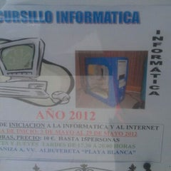 Photo taken at AAVV Playa Blanca Albufereta by Gente d. on 4/21/2012