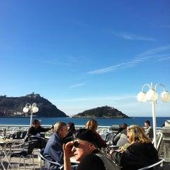 Photo taken at Café de La Concha by 2LOVERS D. on 2/23/2012