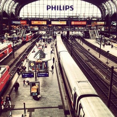 Photo taken at Hamburg Hauptbahnhof by Marco K. on 7/21/2012