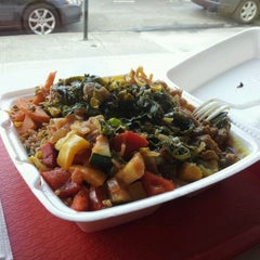 Photo taken at Strictly Vegetarian by Jhonn T. on 3/10/2012