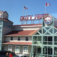 Photo taken at Canada Border Services Agency by Saurabh A. on 8/12/2012