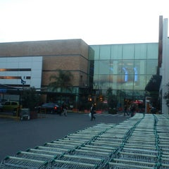 Photo taken at Dinosaurio Mall by Javier G. on 8/7/2012