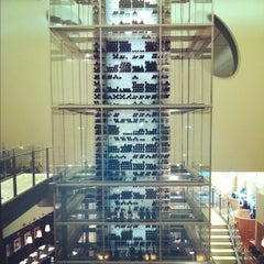 Photo taken at Aureole Wine Lounge by Beej P. on 3/11/2012