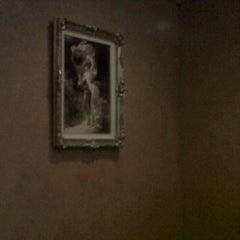 Photo taken at Antonino's Italian Restaurant by ARTHUR ALDERETE Real Estate on 2/8/2012