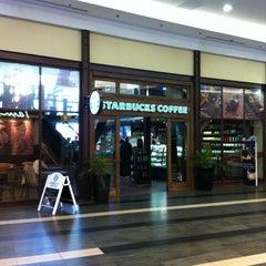 Photo taken at Starbucks by Gergely T. on 4/1/2012