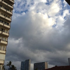 Photo taken at Coconut Waikiki Hotel by Steve G. on 8/1/2012