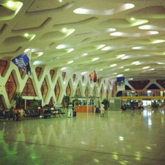 Photo taken at Aéroport de Marrakech Ménara | مطار مراكش المنارة‎  (RAK) by Adolfo A. on 6/28/2012