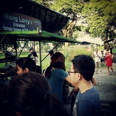 Photo taken at Mang Larry's Isawan by Miriam P. S. on 8/21/2012