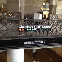 Photo taken at MTA Subway - Brooklyn Bridge/City Hall/Chambers St (J/Z/4/5/6) by Vic L. on 3/5/2012
