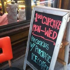 Photo taken at Pinisi Café & Bakery by Eva R. on 8/6/2012