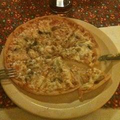 Photo taken at Pizzeria Italia by Alex L. on 6/16/2012