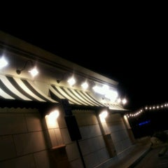 Photo taken at Corner Bakery Cafe by William V. on 4/18/2012