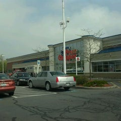 Photo taken at Price Chopper by Gino F. on 5/3/2012
