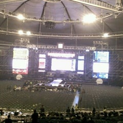 Photo taken at 올림픽체조경기장 (Olympic Gymnastics Arena) by HANNAH K. on 4/6/2012