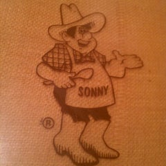 Photo taken at Sonny's BBQ by Joe K. on 2/20/2012
