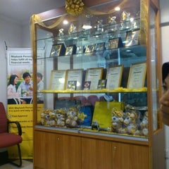 Photo taken at Maybank Berhad by RinAtta H. on 3/23/2012