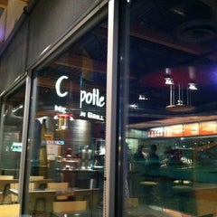 Photo taken at Chipotle Mexican Grill by Matthew L. on 3/6/2012