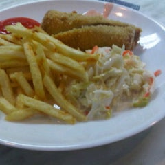 Photo taken at Cafeteria, Celcom Axiata by Mia Aling on 2/24/2012