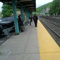Photo taken at Metro North / NJT - Suffern Station (MBPJ) by Mike S. on 5/8/2012