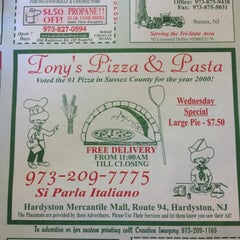 Photo taken at Tony's Pizza & Pasta by Mike V. on 4/21/2012