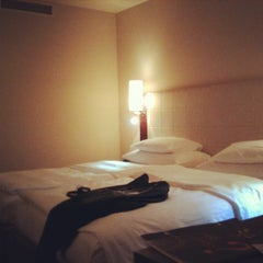 Das Foto wurde bei Sheraton Munich Westpark Hotel von Kentin M. am 8/12/2012 aufgenommen