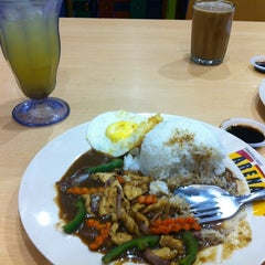 Photo taken at Food Court by A Zie on 3/2/2012