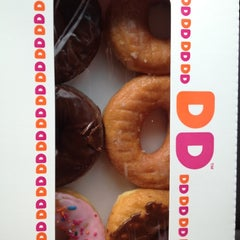 Photo taken at Dunkin Donuts by Barbie G. on 2/26/2012