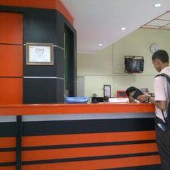 Photo taken at Kantor Pos Besar Ponorogo by latif m. on 2/3/2012